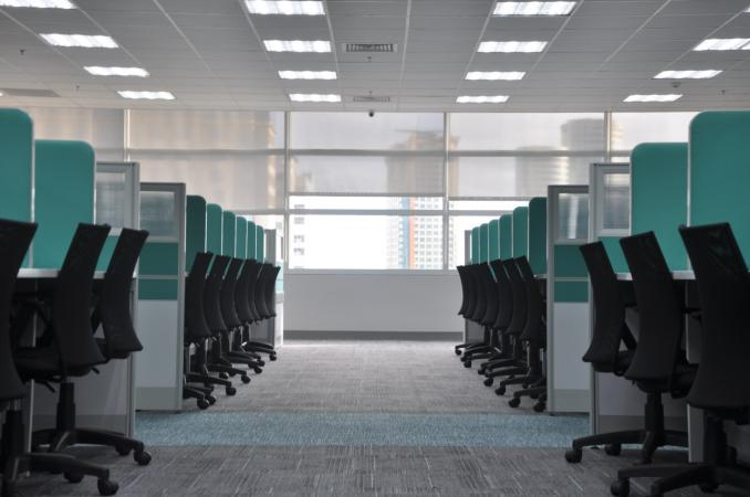 Office Lighting Design Tips for a More Productive Workplace