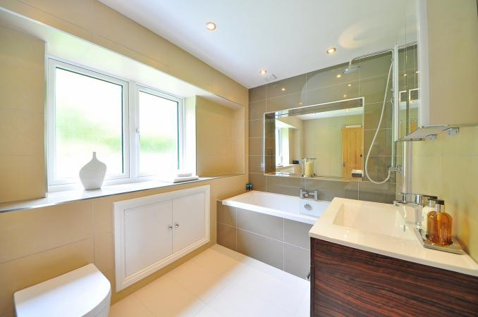 7 Budget-Friendly Tips & Tricks to Use for Your Bathroom Remodel