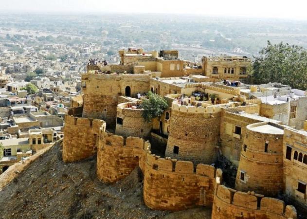 Jaisalmer Fort - Top 5 Tourist Attractions to Visit in Jaisalmer