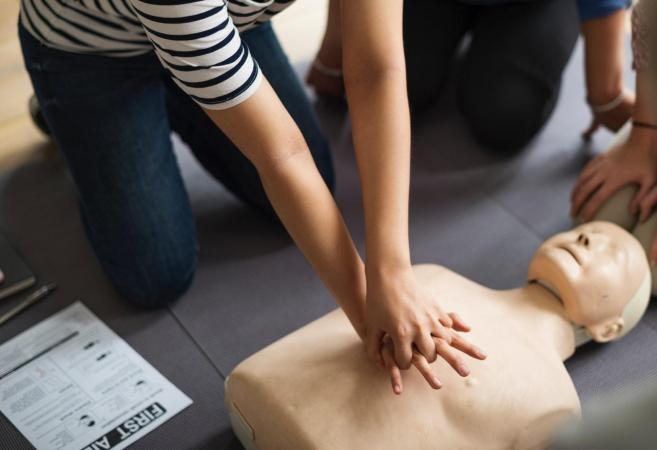 CPR course - Five Practical Reasons for Learning CPR Skills