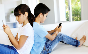 How Can I Track My Kids Mobile Phone?