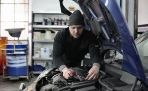 5 Easy and Effective Ways to Maintain Your Car